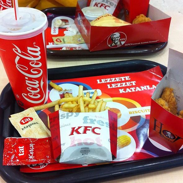 tavuk @ KFC