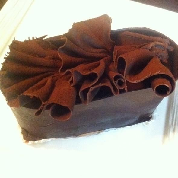 flourless chocolate cake - Zov's Bistro Tustin, Tustin, CA