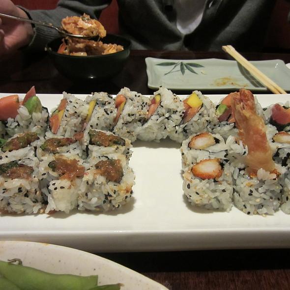 Hawaiian Roll @ Sushi Tei