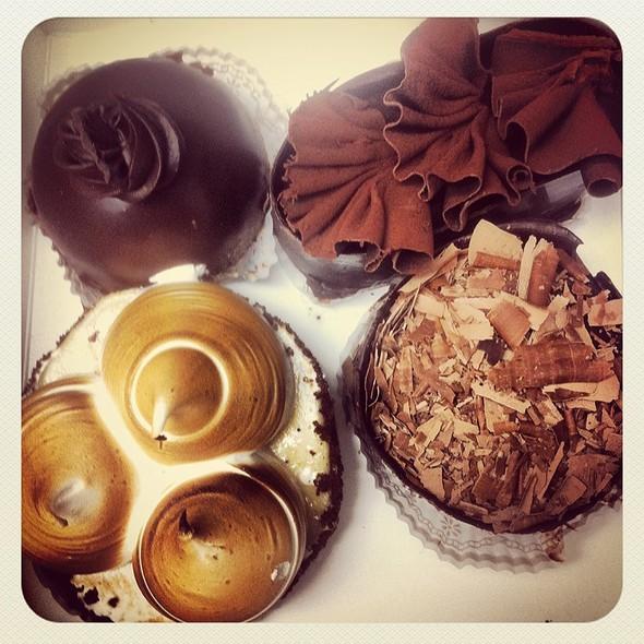 Desserts - Zov's Bistro Tustin, Tustin, CA