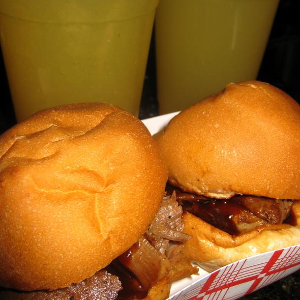 Smoked Brisket Slider @ Good Foods Caters