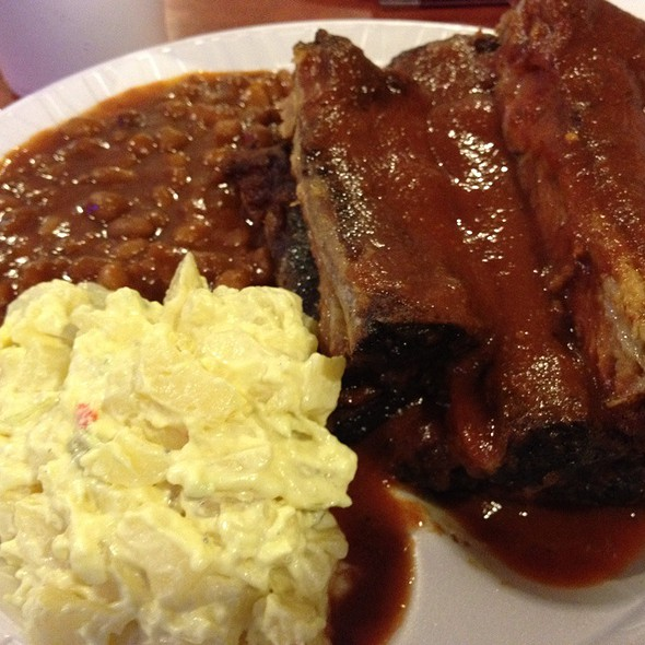 Memphis Bbq Pork Ribs @ Jim Neely's Interstate BBQ