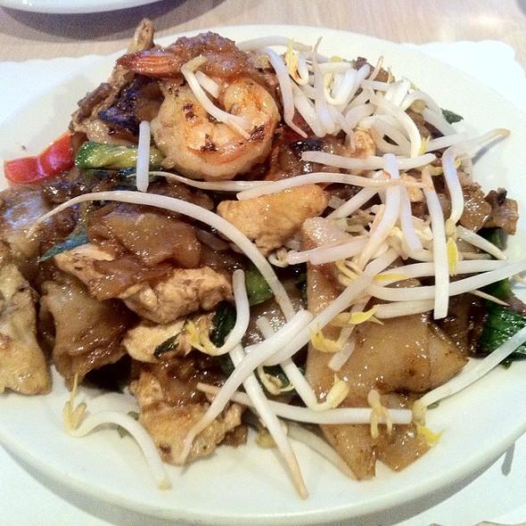 Pad Khee Mao @ Dao Thai Restaurant