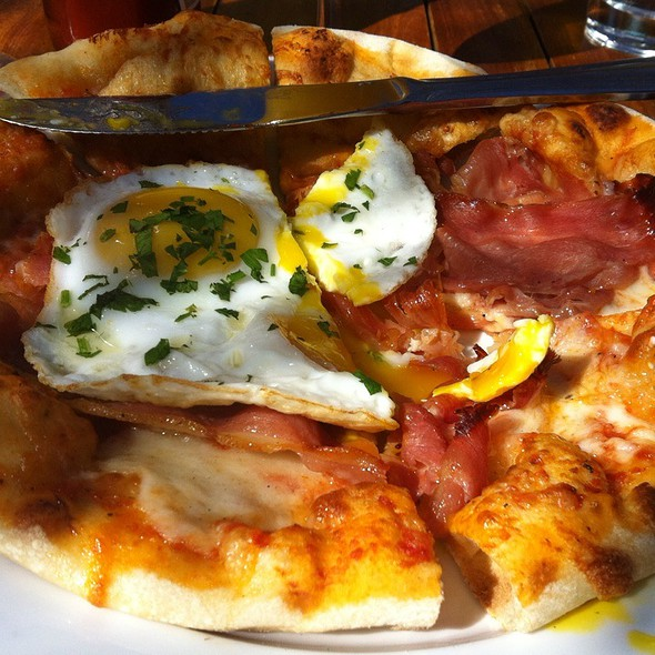 Breakfast Flatbread Pizza - Bistro 33, Davis, CA