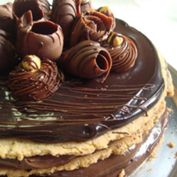 Torta de Chocolate com Avelã @ Confeitaria Chuvisco