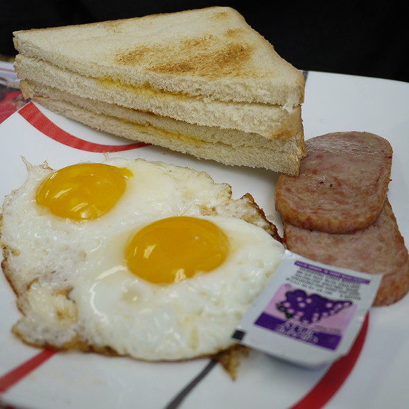 Eggs, Spam, and Toast @ JJ Hong Kong Cafe