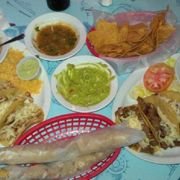 Mexican Tacos @ Cap'n Roy's