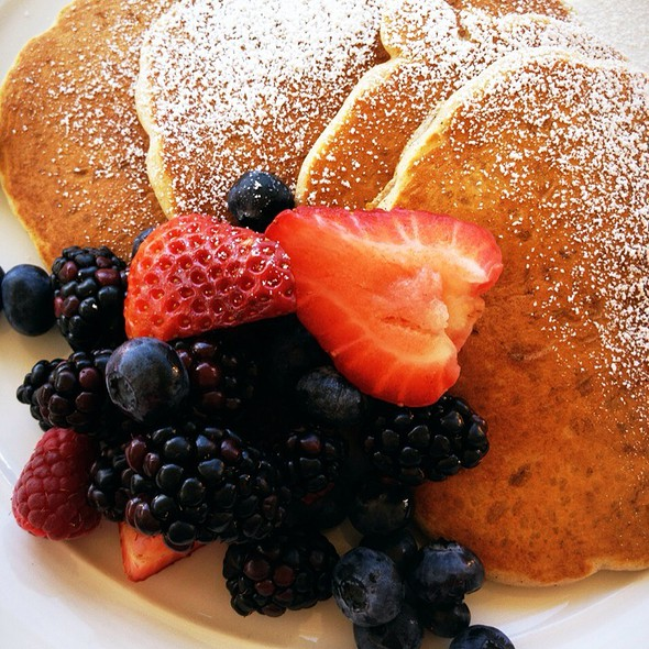 Pancakes with fruits @ Farley Bar
