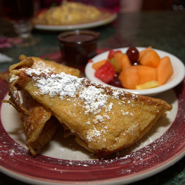 Monte Cristo Sandwich At Evanu0027s Kitchen And Catering