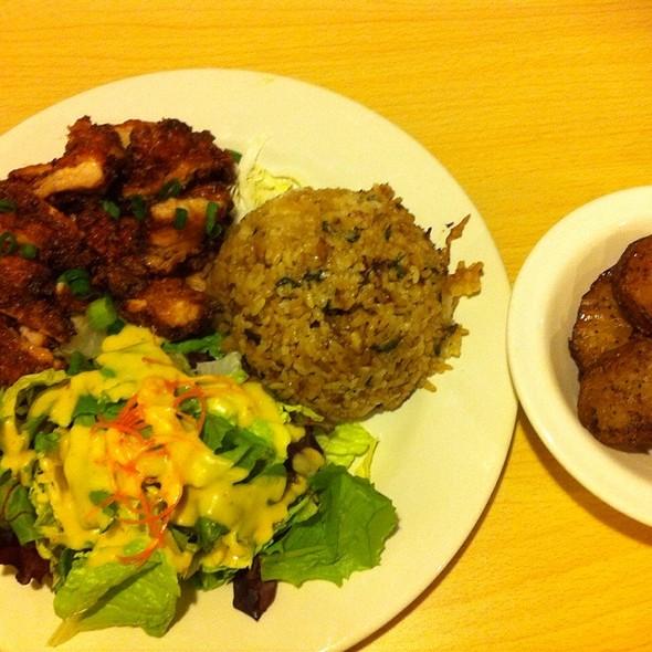 Korean Chicken @ Island Style Cafe