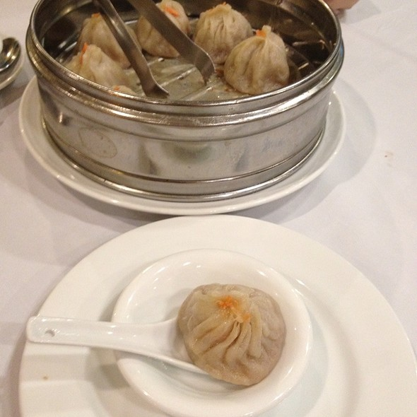 Crab & Pork Soup Dumplings @ Duck King Chinese Restaurant