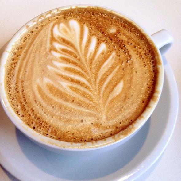Latte @ Caffe Medici