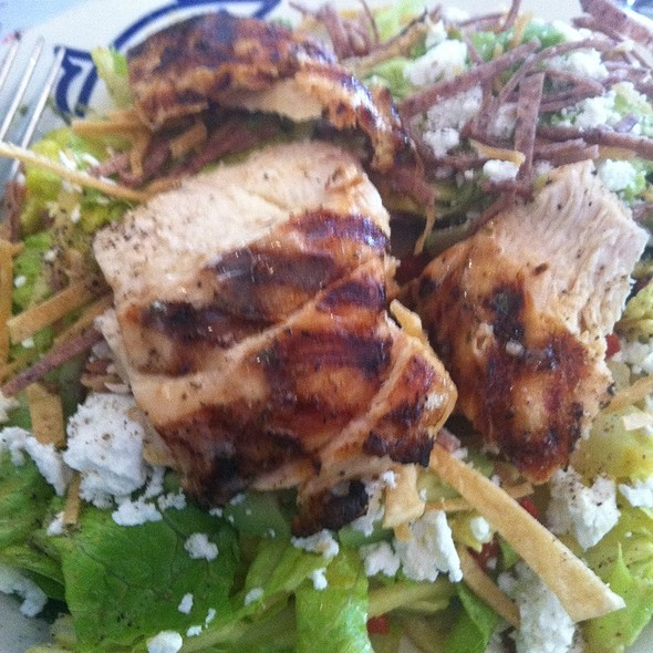 Tortilla, Apple, And Goat Cheese Salad With Chicken  @ Legal Sea Foods - Chestnut Hill