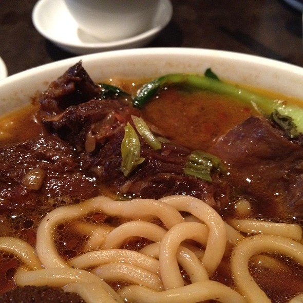 Chunky Beef With Noodles @ Asian Legend