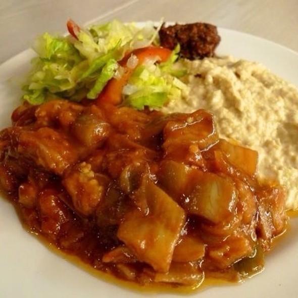 Turkish Mixed Salad Platter @ Medzs