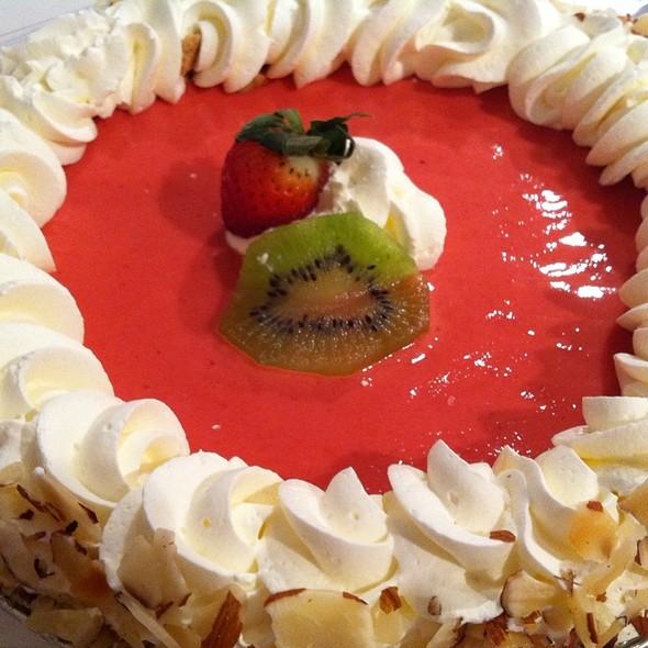 Publix Strawberry Cake Reviews