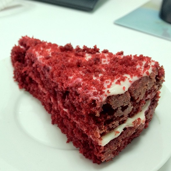 Red Velvet Cake @ Arepa Factory