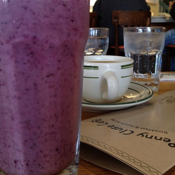 Bleuberry Banana Smoothie @ Penny Cluse Cafe