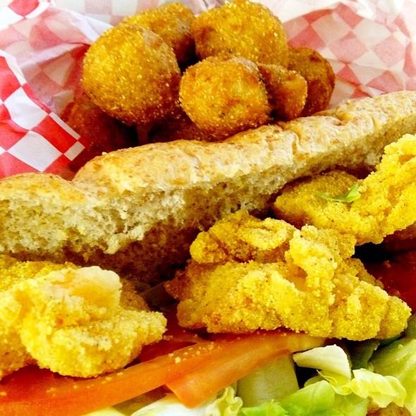Fried Shrimp Po' Boy @ Bayseas 7