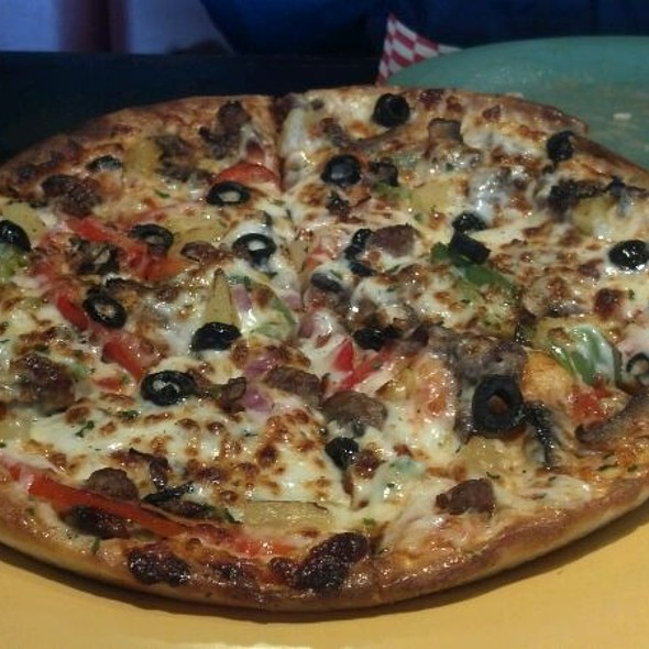 Bulgogi Supreme Pizza @ Pizza & Chicken Love Letter