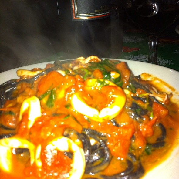 Black Linguini With Calamari @ Frank Restaurant