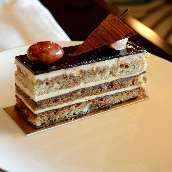 Opera Cake @ Macau Mandarin Oriental Lobby Lounge