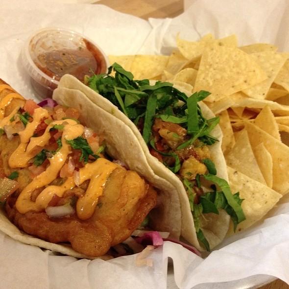 Cabo Fish Taco & Ancho Shrimp Taco @ Taco Ocho