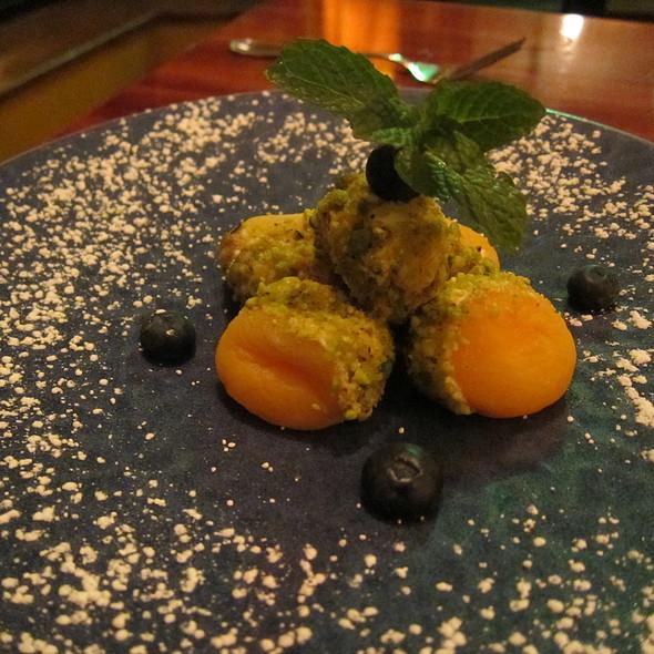 Kaymakli Kayisi (Stuffed Apricots) @ Pera