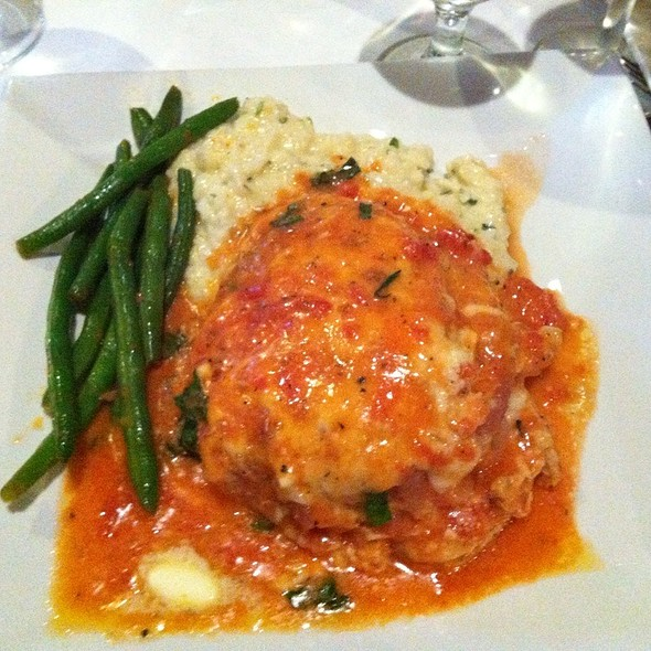 Pan Seared Chicken Breast With Parma Ham, Smoked Mozzarella, Tomato Pan Sauce @ The Hollow Bistro & Brew