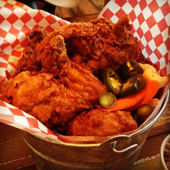 Bucket O Fried Chicken @ Lucy's Fried Chicken