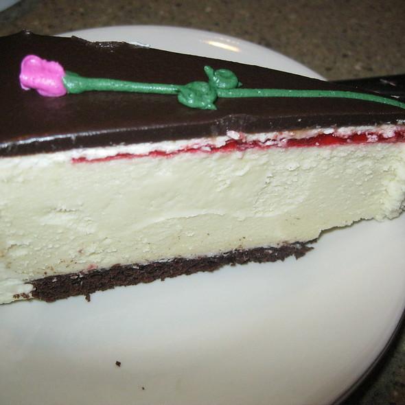 Cheesecake @ Simma's Bakery