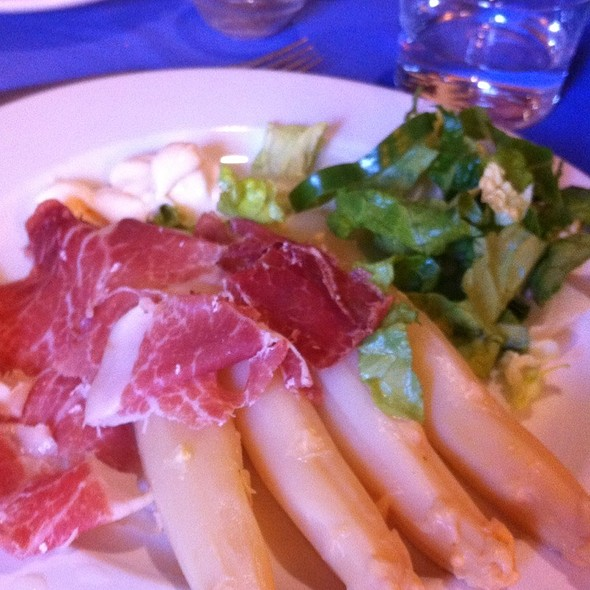 Salad With Jamon And White Asparagus