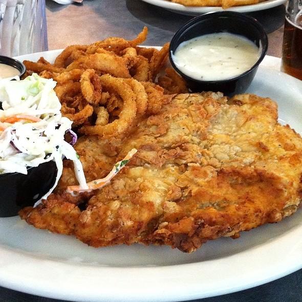 Chicken Schnitzel @ Chompie's Deli