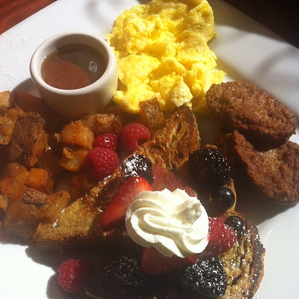 Brunch - M Street Bar & Grill, Washington, DC