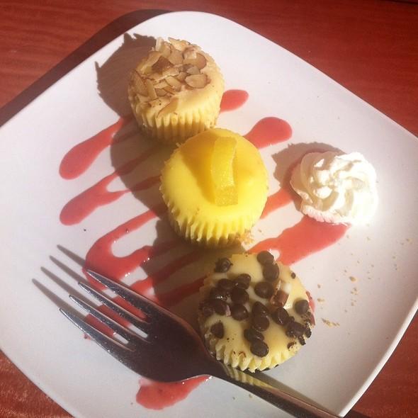 Mini Cheesecakes - M Street Bar & Grill, Washington, DC
