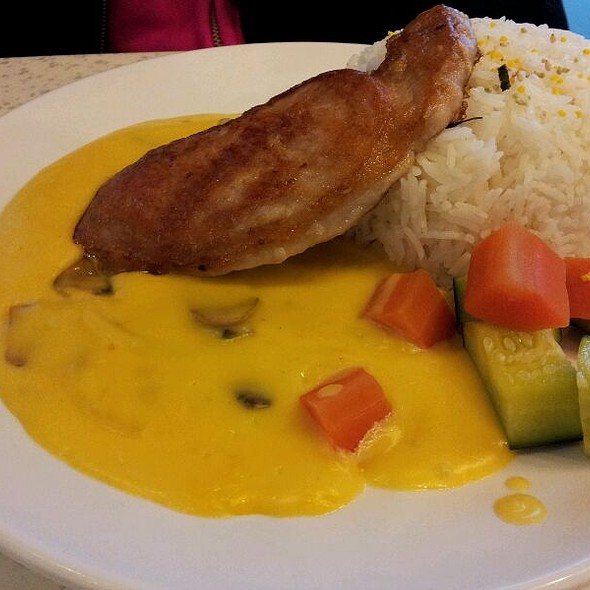 Pork Chop With Coconut Mango Cream Sauce @ Cattle Cafe