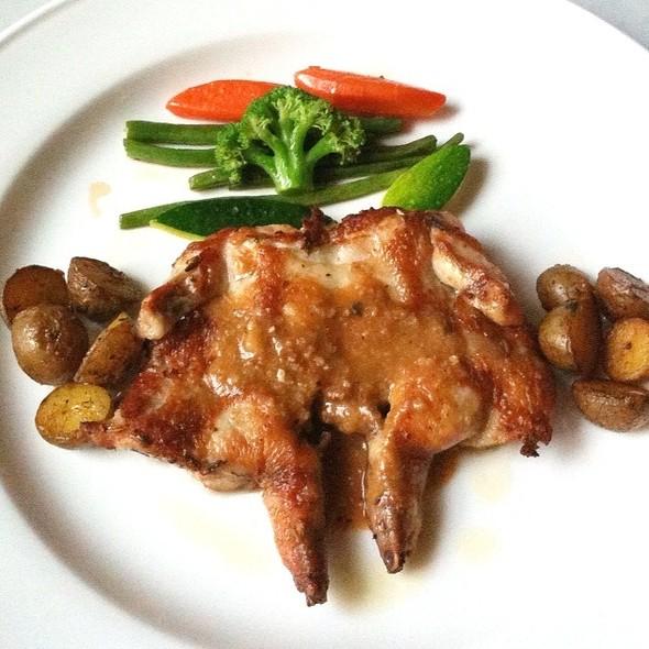 Baby Chicken Rosemarry @ Bibliotheque