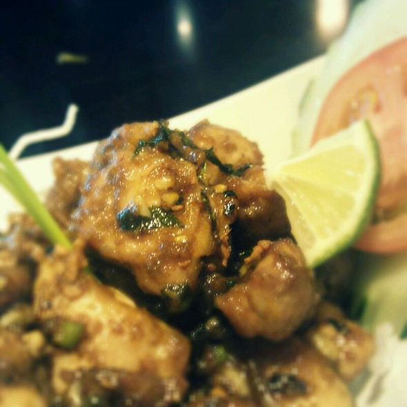 Stir Fried Chicken @ Mango Tree Bistro