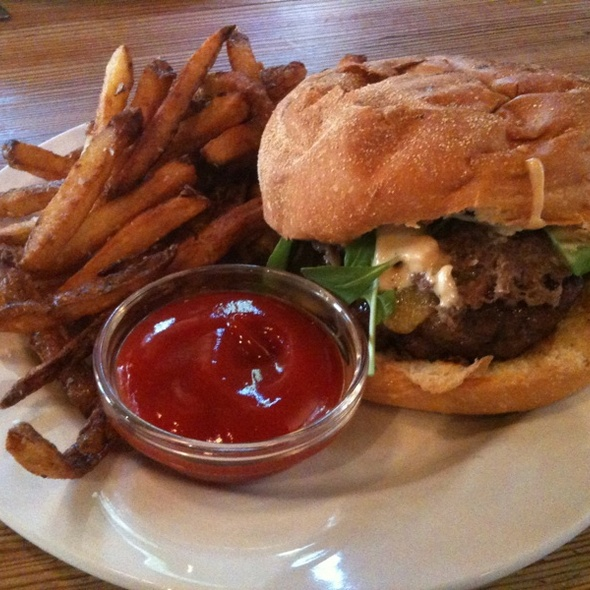 Burger @ Farm 255