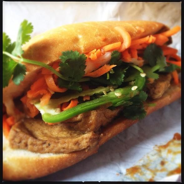 Tofu Bahn Mi @ Saigon Sandwich