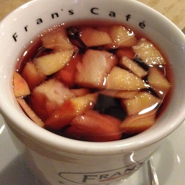 Tchai De Frutas @ Fran's Café-Fnac Paulista