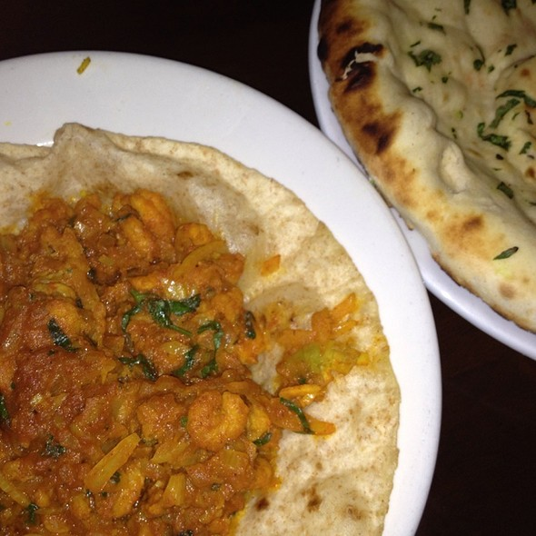 Prawn Puri With Keema Naan @ The Chequers Brasserie Fordham