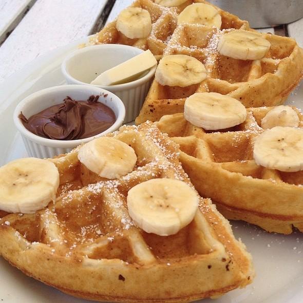 Chocolate Hazelnut Belgian Waffle @ To The Point Cafe