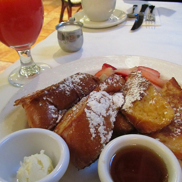 French Toast @ Sara Beth's