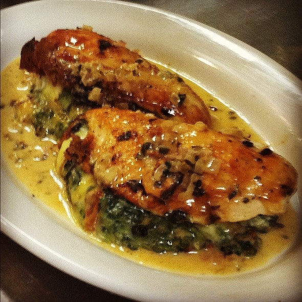 Chicken Provencale @ C & G's Country Cafe