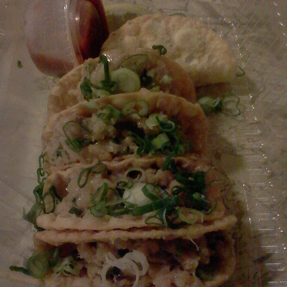 Yellowtail Fish Tacos @ Sushi Maki