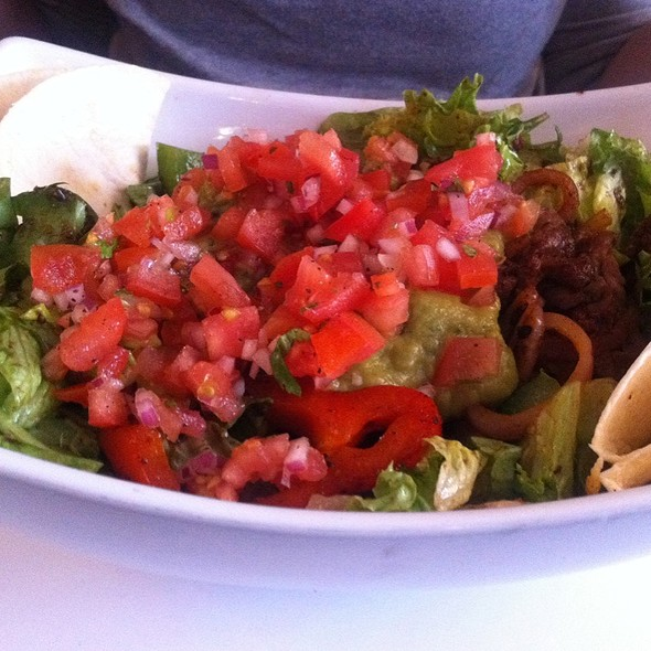 Fajita Salad @ Restaurant L'Avenue