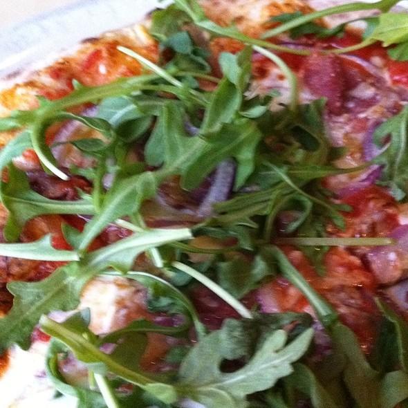 Pizza With Prosciutto Arugula @ Pizza Nea