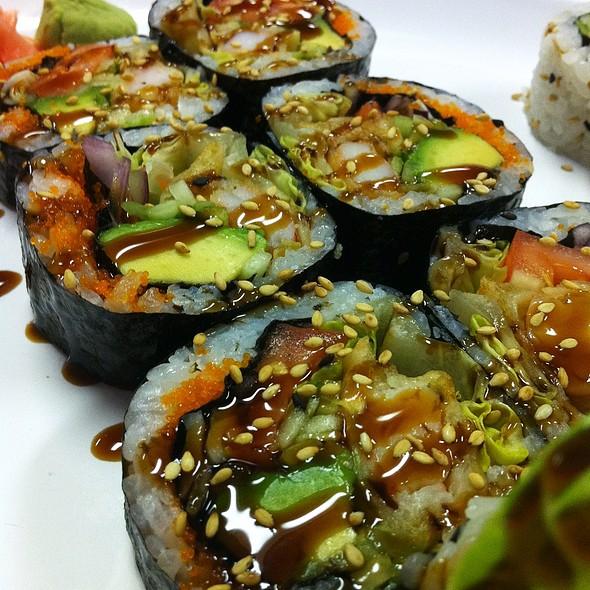 Sushi @ Soon's Sushi Cafe