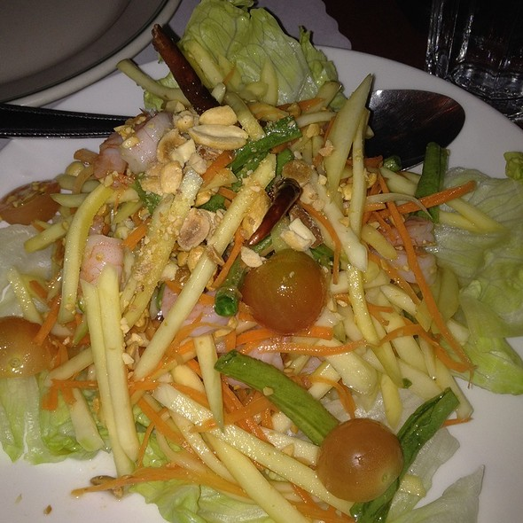 Green Mango Salad @ Cha-Am Thai Restaurant